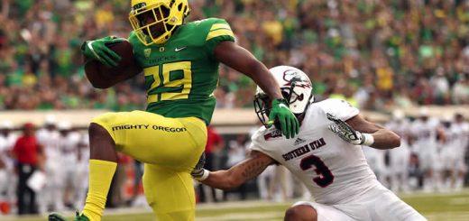 Oregon Football Offensive Play